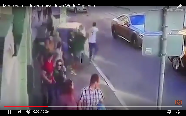 [Daawo] taageerayaashii Argentina oo nin careeysan baabuur marsiiyay Moscow World Cup