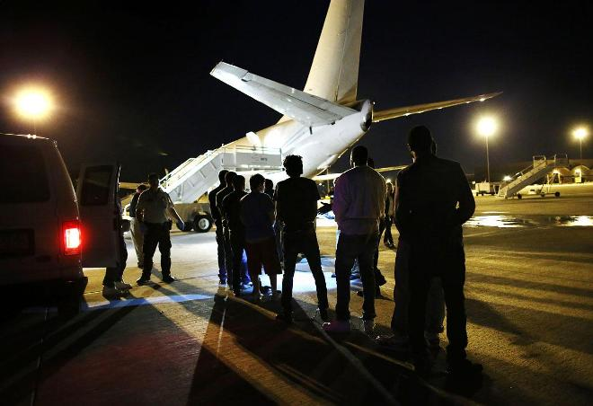 92 Somalis being deported from the U.S. fly 5,000 miles to Africa before returning to Florida