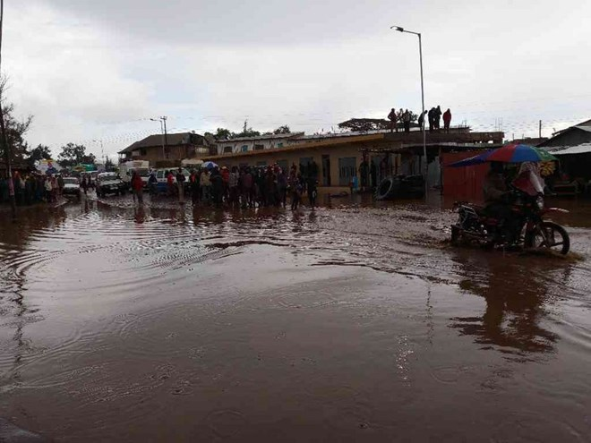 Deadly flash floods to worsen poverty, hunger in Kenya - experts