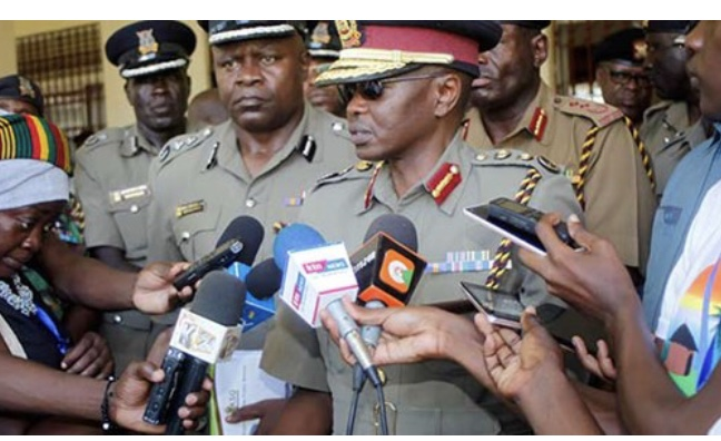Kenya denies claims Shabaab bribed police to cross border