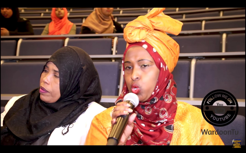 [Daawo] Yusuf Garaad oo hooyooyinkii Caruurta laga qaatayee ooynaayey Afxumo iyo jeesjees ugu maciinay