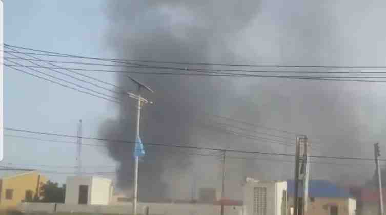 Two Consecutive Suicide car bombers hit hotel in Somalia's capital
