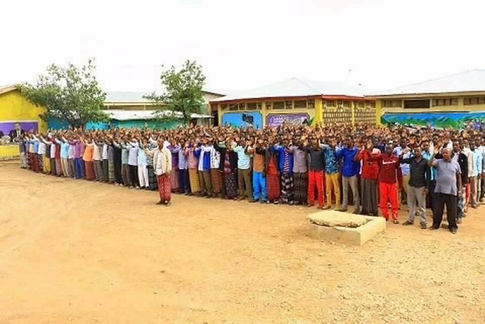 [Daawo] 1500 oo ka mida Maxaabiistii ONLF oo laga sii daayey Xabsiga Jigjiga ee Jeel Ogaadeen iyo Saraakiil caana oo ka soo dhexmuuqday ?